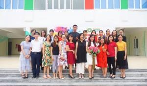 """Khóa học kỹ năng mềm: """"Giá trị giáo dục vì yêu thương"""" tại Victoria Thăng Long"""